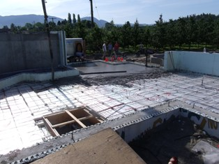 Okanagan Concrete Specialists commercial-hot-water-heating-pour-1