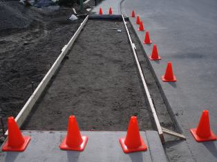 Okanagan Concrete Specialists curb-and-side-walk-city-project-1